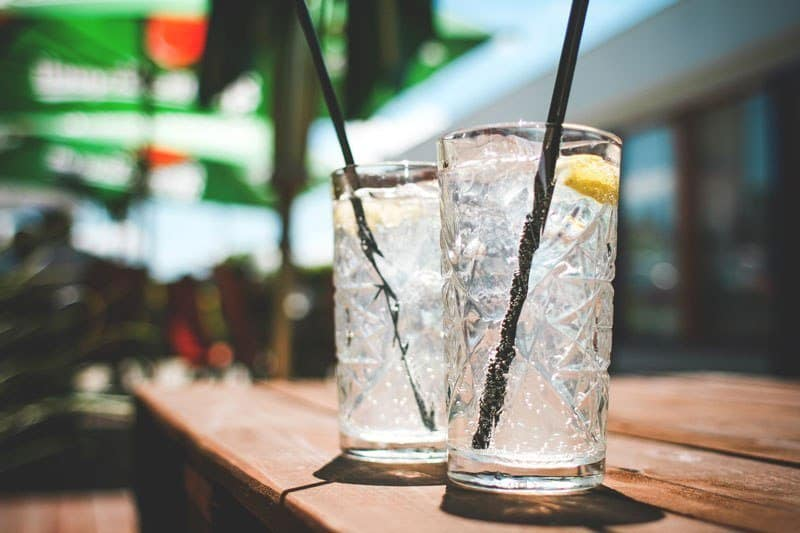 Two ordinary Gin and Tonic's (Picture: Picjumbo)