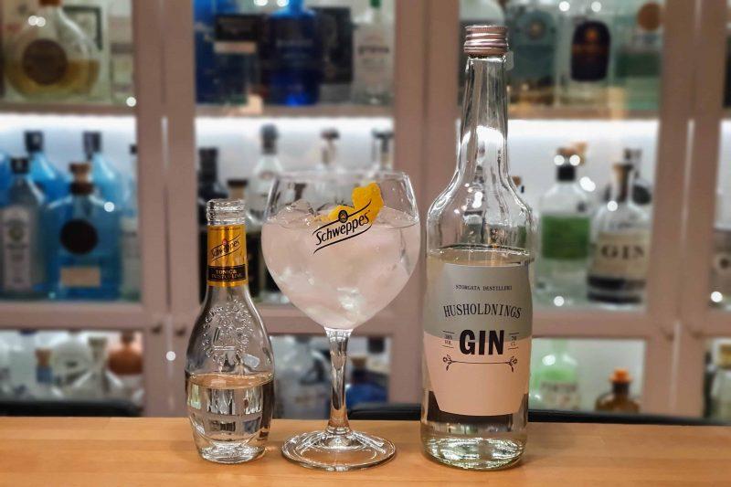 Gin og Tonic med Husholdnings Gin
