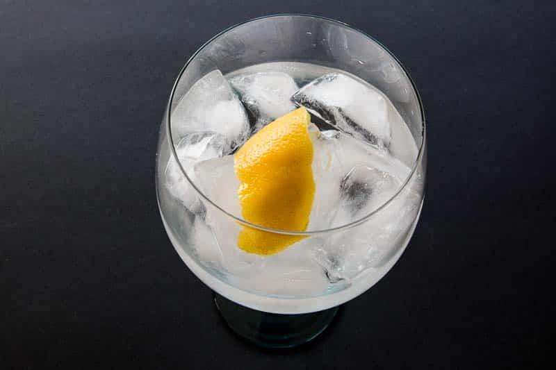 Husholdnings gin og tonic