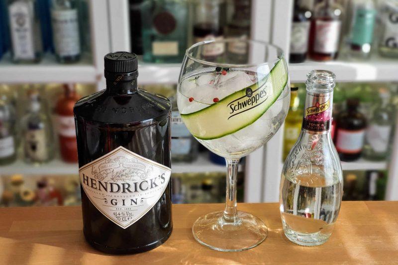 Pink Pepper Gin og Tonic med Hendrick's Gin