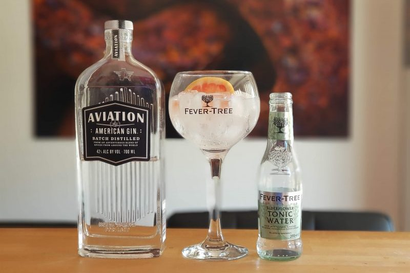 Gin og Tonic med Aviation Gin