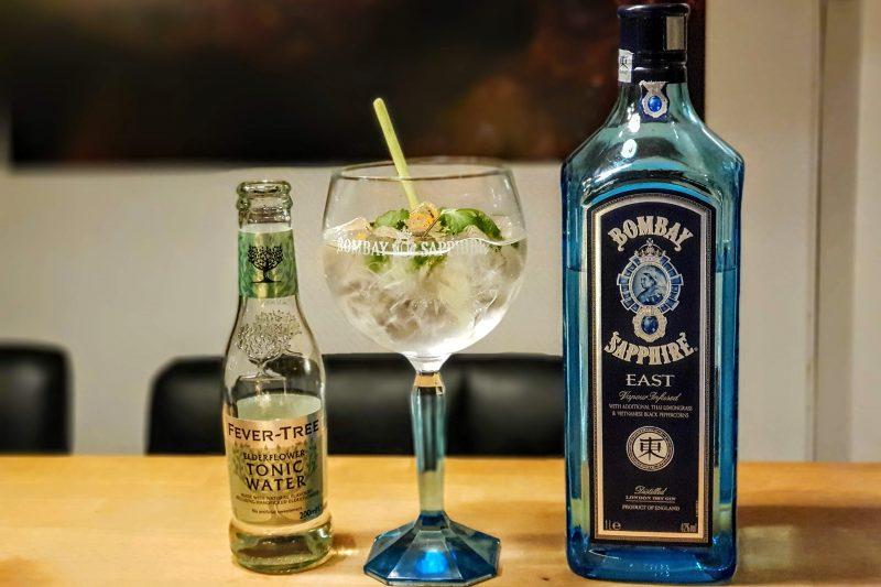 Gin og Tonic med Bombay Sapphire East
