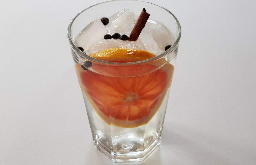 Gin og Tonic uten alkohol