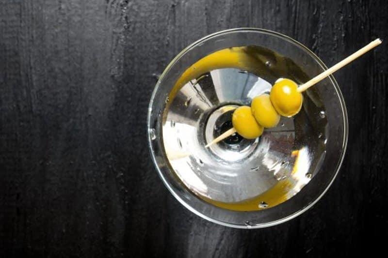 Hvordan-lage-en-Dry-Martini