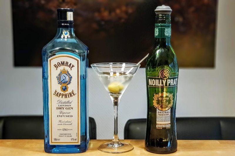 Dry Martini med Bombay Sapphire og Noilly Prat