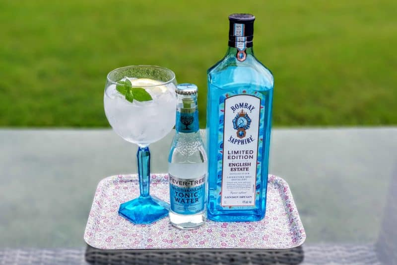 Gin og Tonic med Bombay Sapphire Limited Edition English Estate Gin