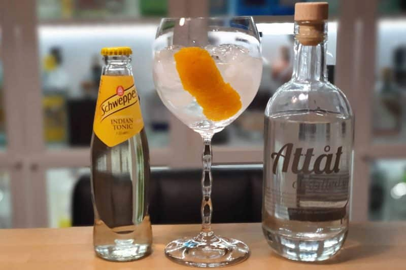 Gin og Tonic med Attåt Distilled Gin