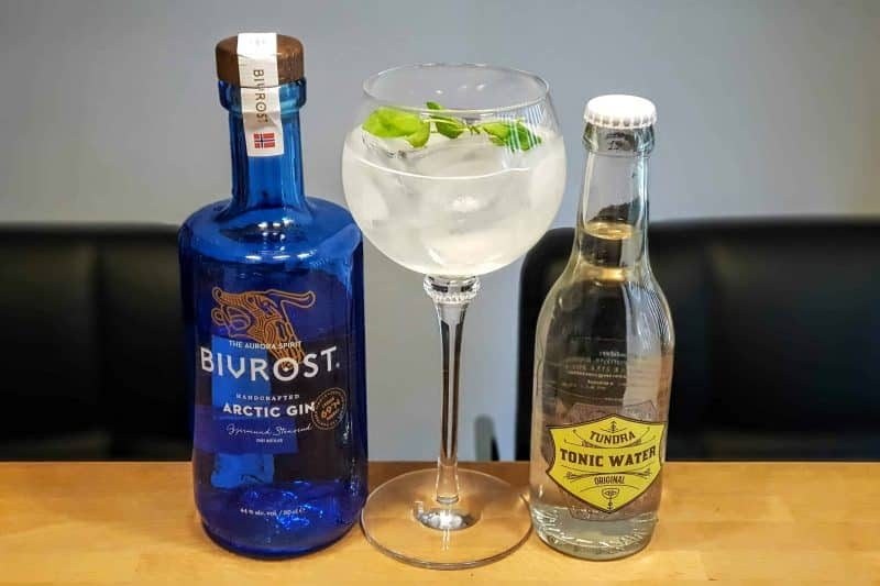 Gin og Tonic med Bivrost Gin og Tundra Tonic