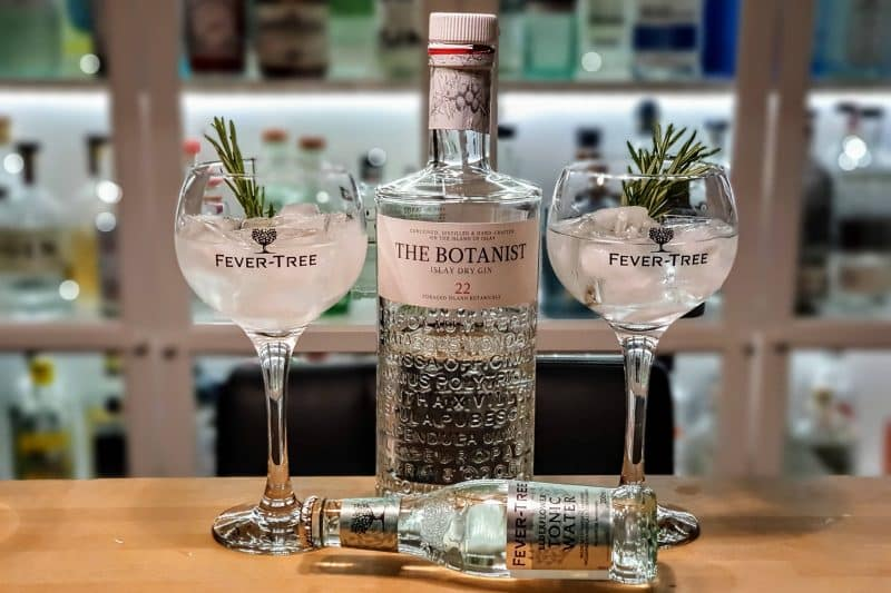 Gin og Tonic med Botanist Gin