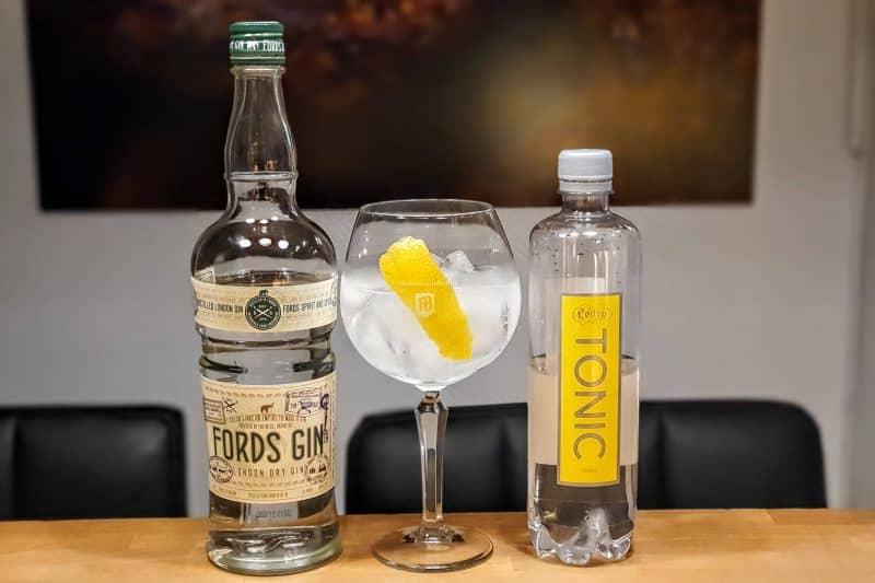 Gin og Tonic med Fords Gin Løiten Tonic