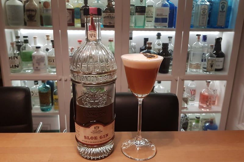 Sloe Gin Sour med City of London Sloe Gin