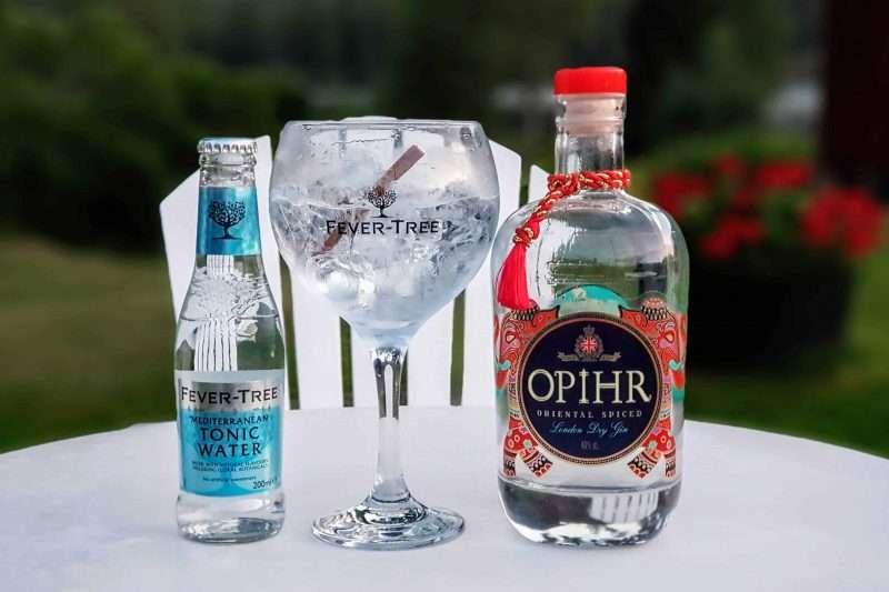 Gin Tonic med Opihr Gin