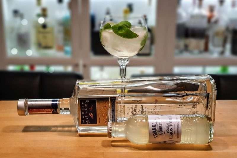 Gin og Tonic med Martin Millers Gin og Sitron Tonic