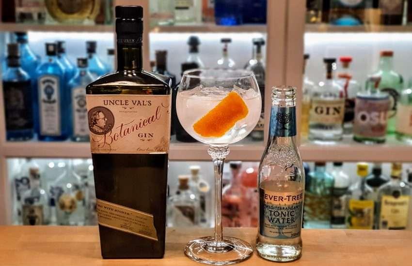 Gin-Tonic med Uncle Vals Gin og Mediterranean tonic