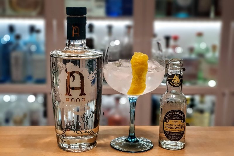 Gin og Tonic med Anno Kent Dry Gin