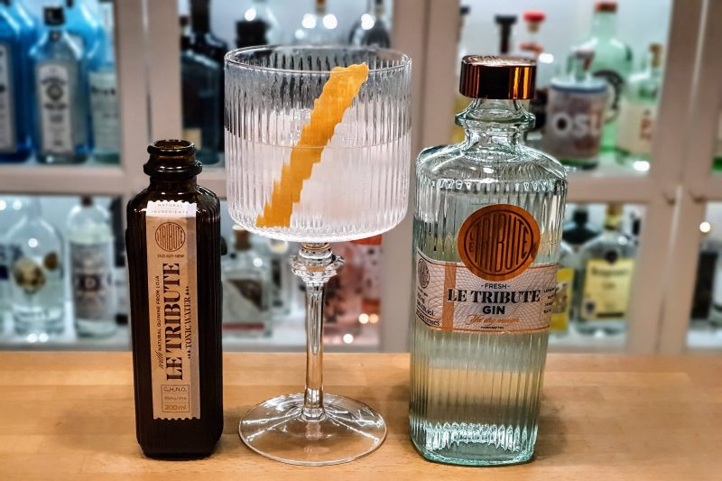 Gin og Tonic med Le Tribute Gin