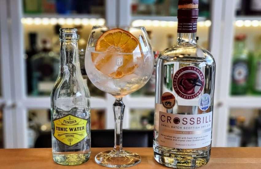 Gin og Tonic med Crossbill Gin