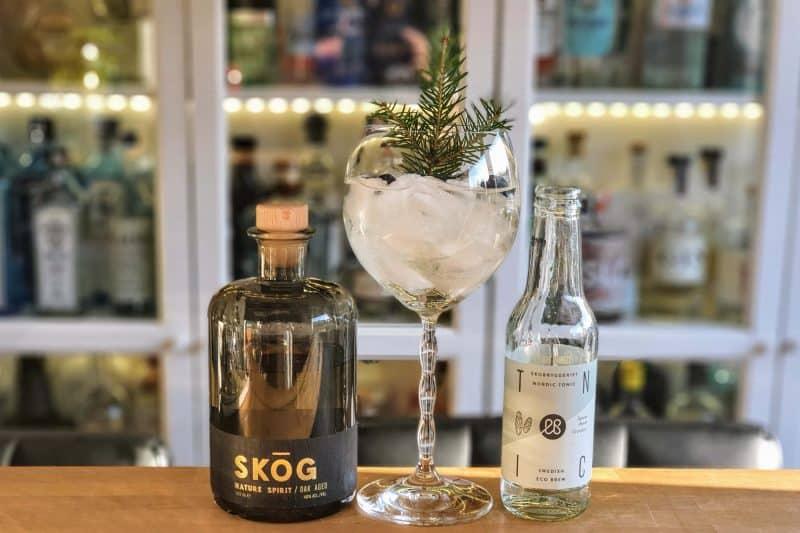 Gin og Tonic med SKOG Gin Oak Aged