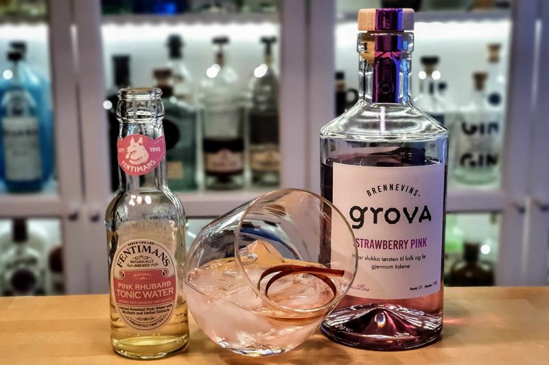 Gin-Tonic med Brennevinsgrova Pink Strawberry Gin