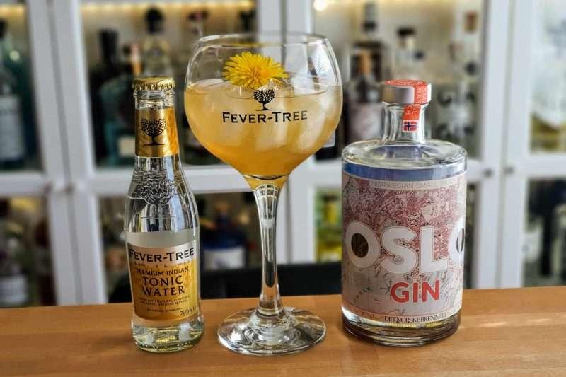 Gin og Tonic med Oslo Gin og Løvetann-sirup