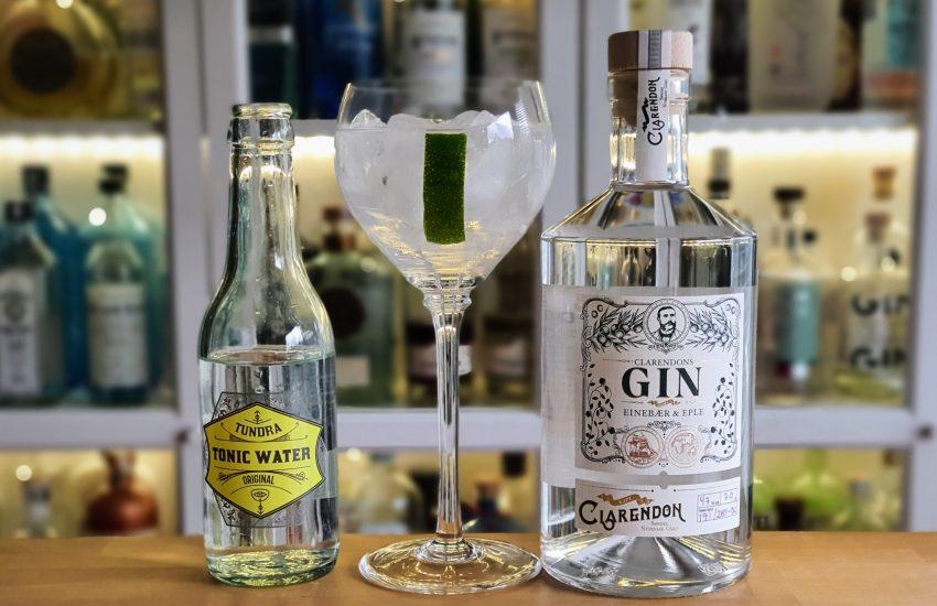 Gin Tonic med Clarendons Gin og lime
