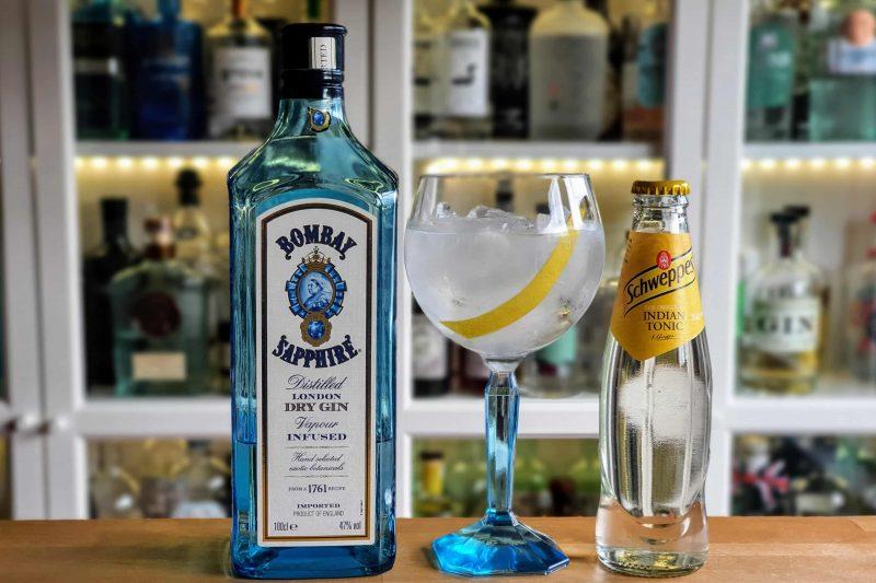 Gin og Tonic med Bombay Sapphire