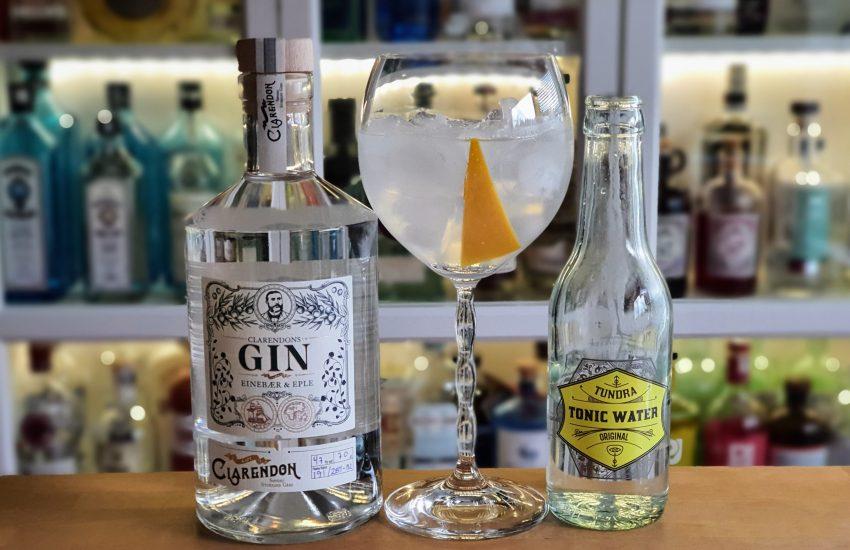 Gin og Tonic med Clarendons Gin og appelsinskall