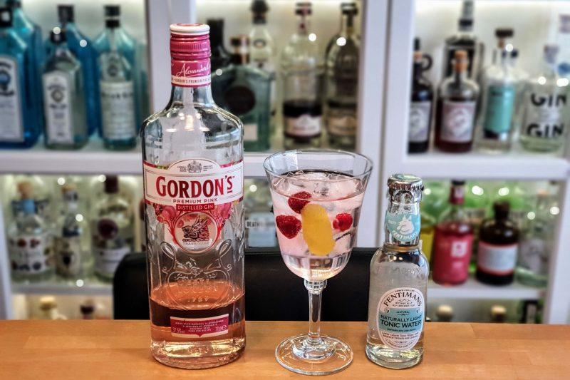Gin og Tonic med Gordons Premium Pink Gin