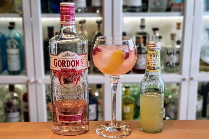 Gordons Pink Gin med Bitter Lemon
