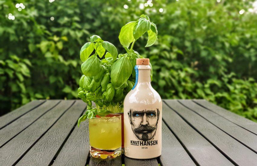 Gin-Basil Smash med Knut Hansen Dry Gin