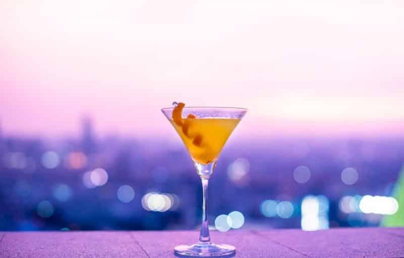 World Cocktail day. Merkedag Gin