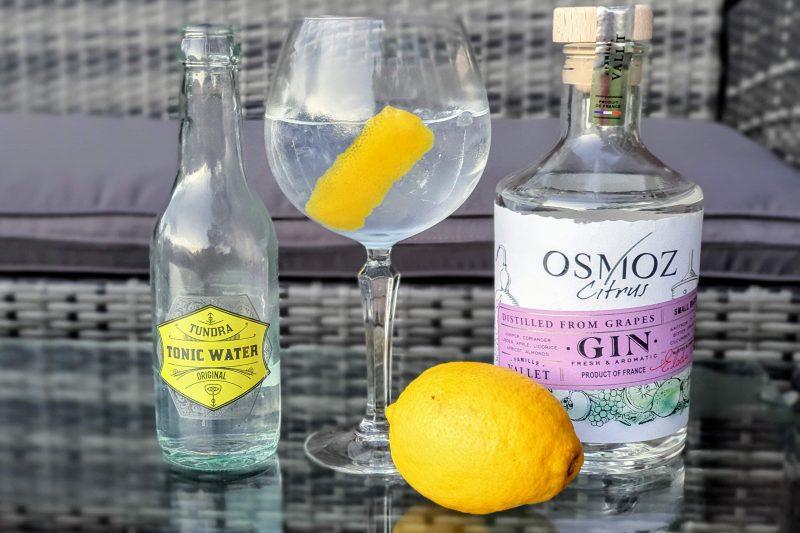 Gin og Tonic med Osmoz Citrus Gin