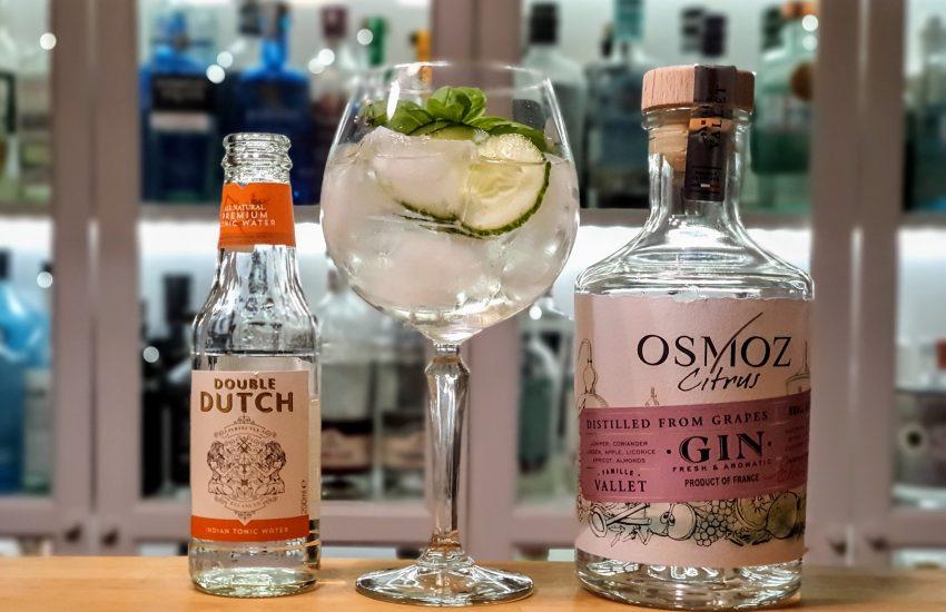 Basil Cucumber Gin Tonic med Osmos Citrus Gin