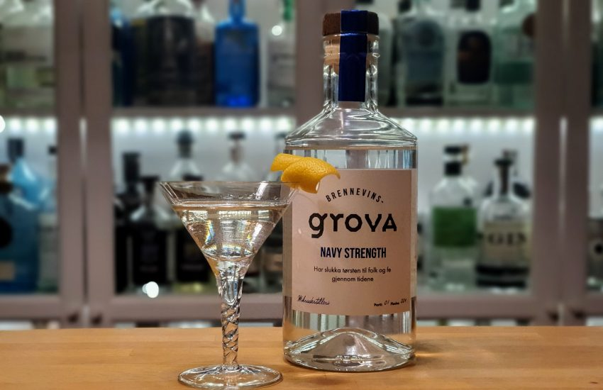 Dry Martini med Brennevinsgrova Navy Strength Gin