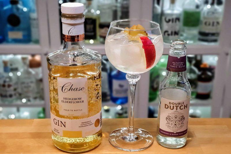Gin og Tonic med Chase Hedgerow Elderflower Gin