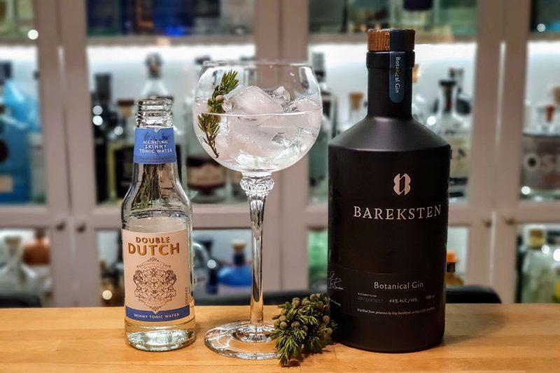 Gin og Tonic med Bareksten Botanical Gin og einebærskudd