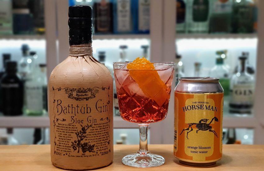 Gin og Tonic med Bathtub Sloe Gin