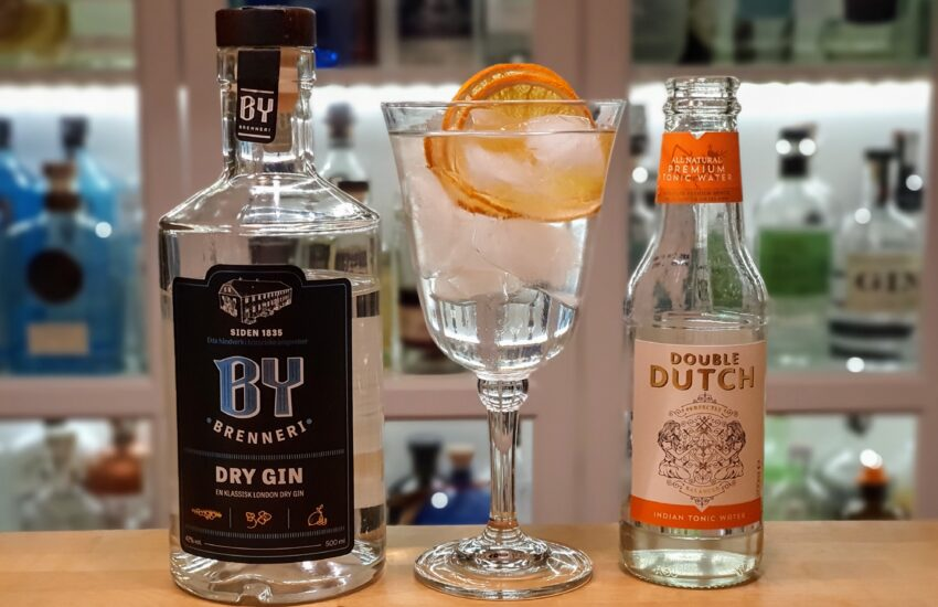 G&T med By Brenneri Dry Gin og Double Dutch tonic