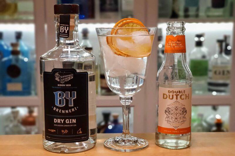 G&T med By Brenneri Dry Gin og Double Dutch tonic
