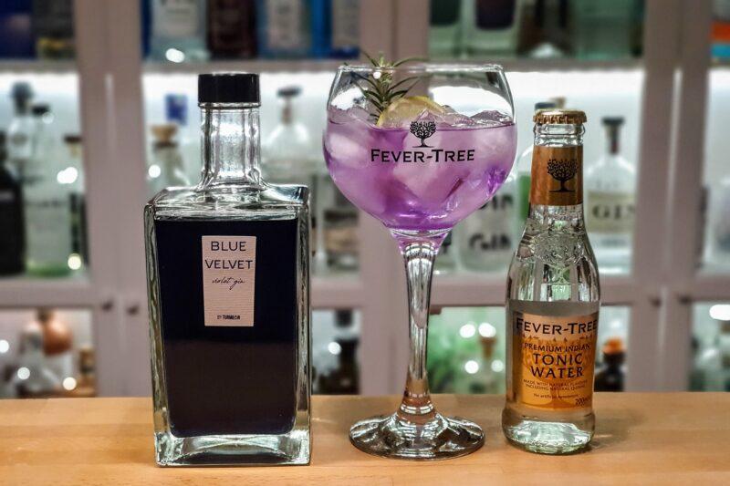 Gin og Tonic med Blue Velvet Violet Gin
