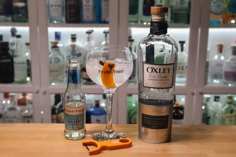 Gin og Tonic med Oxley London Dry Gin