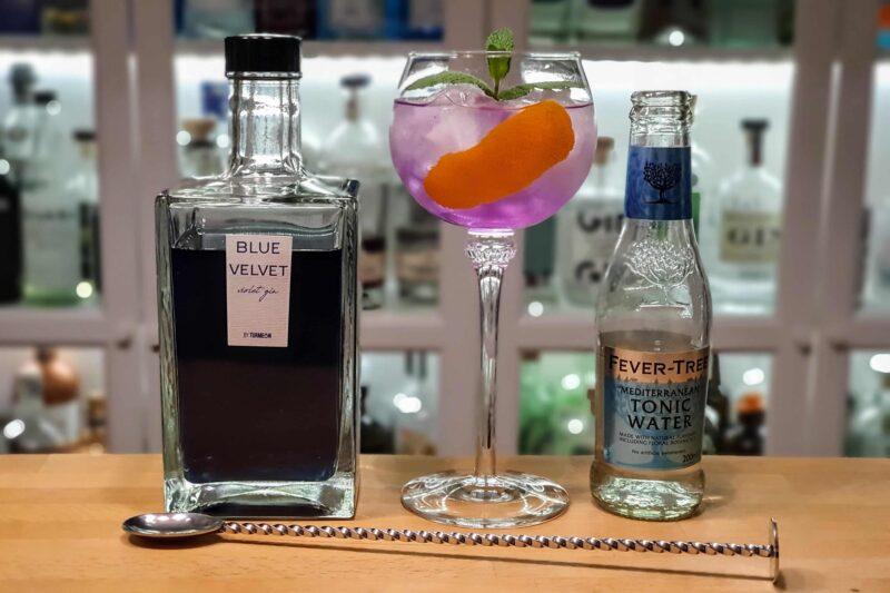 Gin og Tonic med Blue Velvet Gin