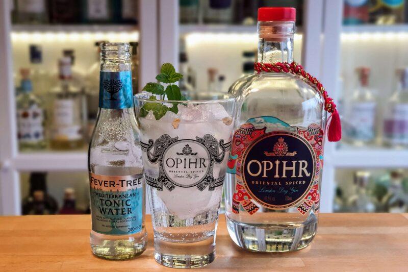 Gin og Tonic med Opihr Gin