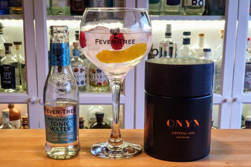 Gin og Tonic med Onyx Crystal Gin