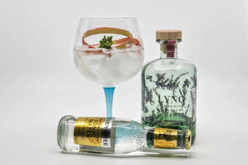Lyng Gin & Tonic med rabarbra og strandarve