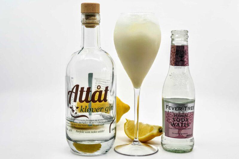 Pisket Lemonade med Attåt Kløver Gin