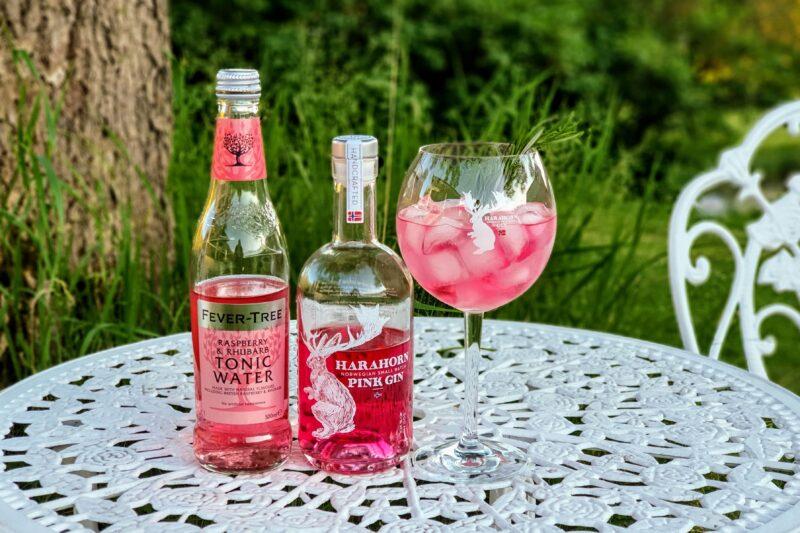 Rosa Gin og Tonic med Harahorn Pink Gin