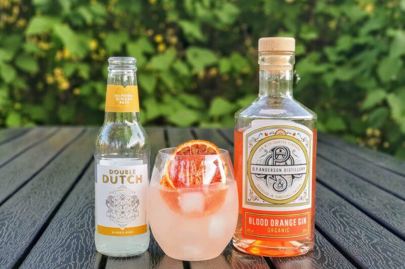 O.P. Anderson Organic Blood Orange Gin med ingefærøl
