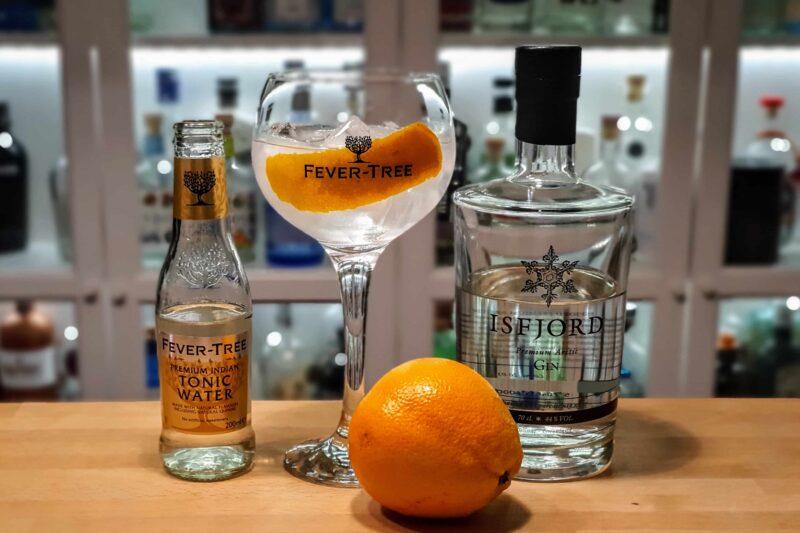 Gin og Tonic med Isfjord Premium Arctic Gin